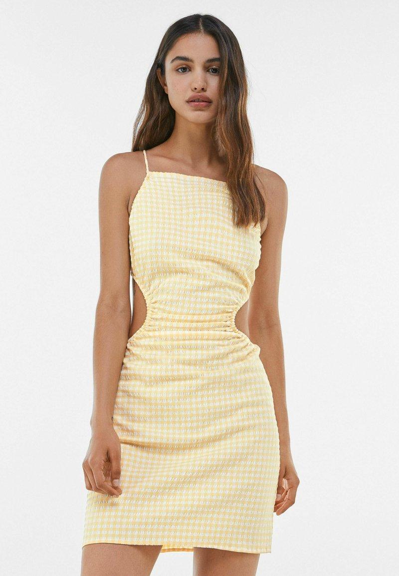 Bershka - MIT VICHYKAROS - Day dress - yellow/white