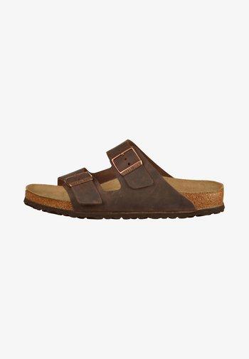 ARIZONA UNISEX - Pantoffels - brown