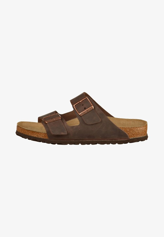 ARIZONA SOFT FOOTBED UNISEX - Kapcie - brown