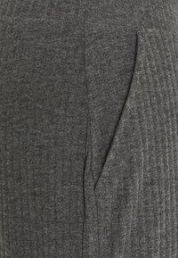 ONLY Tall - ONLNELLA PANTS - Tracksuit bottoms - dark grey melange - 2