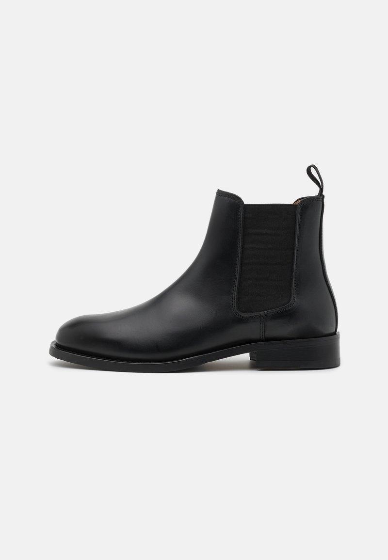 ARKET - CHELSEA - Classic ankle boots - black dark