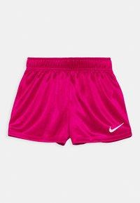 Nike Sportswear - GRAPHIC SET - Triko spotiskem - fireberry - 2