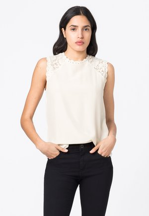 MIT SPITZE - Blouse - offwhite