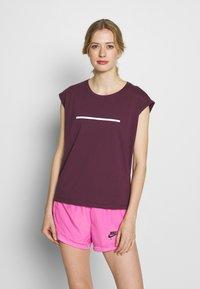 Even&Odd active - T-shirt med print - dark red - 0