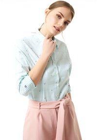 Jimmy Sanders - MIT STREIFENMUSTER - Button-down blouse - mint - 2