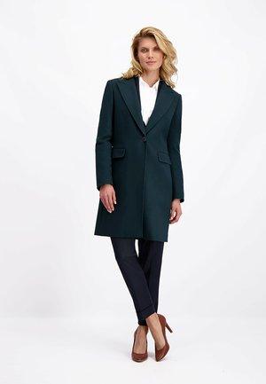 Classic coat - smaragdgrün