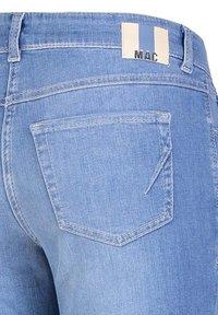MAC Jeans - ANGELA - Slim fit jeans - light blue - 2
