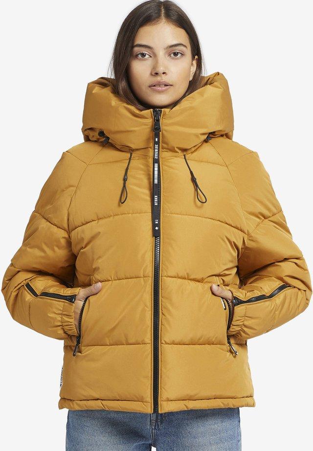 ALEXIA - Winterjas - yellow