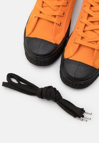 US Rubber Company - UNISEX - Sneakersy wysokie - mandarin - 5