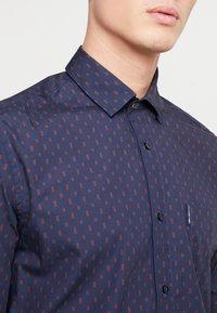Ben Sherman - GEO PRINT SHIRT - Overhemd - navy - 3