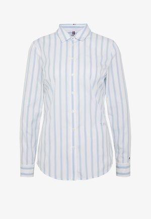 ESSENTIAL - Overhemdblouse - white