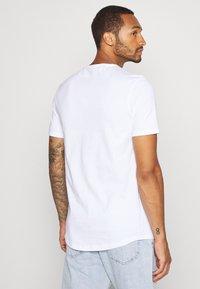 River Island - 5 PACK - Basic T-shirt - pink/white/grey/dark grey/black - 2