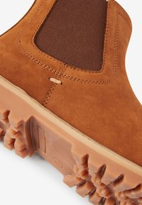 Next - CHELSEA - Classic ankle boots - tan - 4
