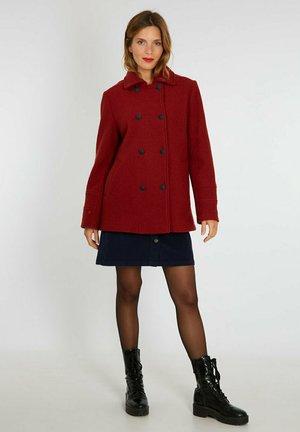 Short coat - auburn