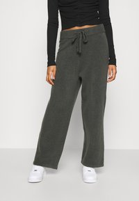 Monki - MAJA TROUSERS - Verryttelyhousut - grey dark - 0