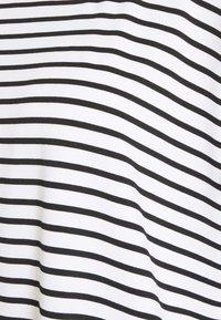 Molly Bracken - LADIES TEE - Print T-shirt - offwhite/black - 2