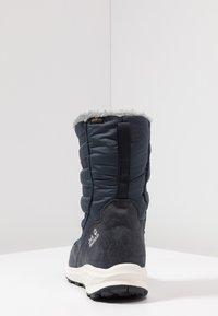 Jack Wolfskin - NEVADA TEXAPORE HIGH - Vinterstøvler - dark blue/offwhite - 3