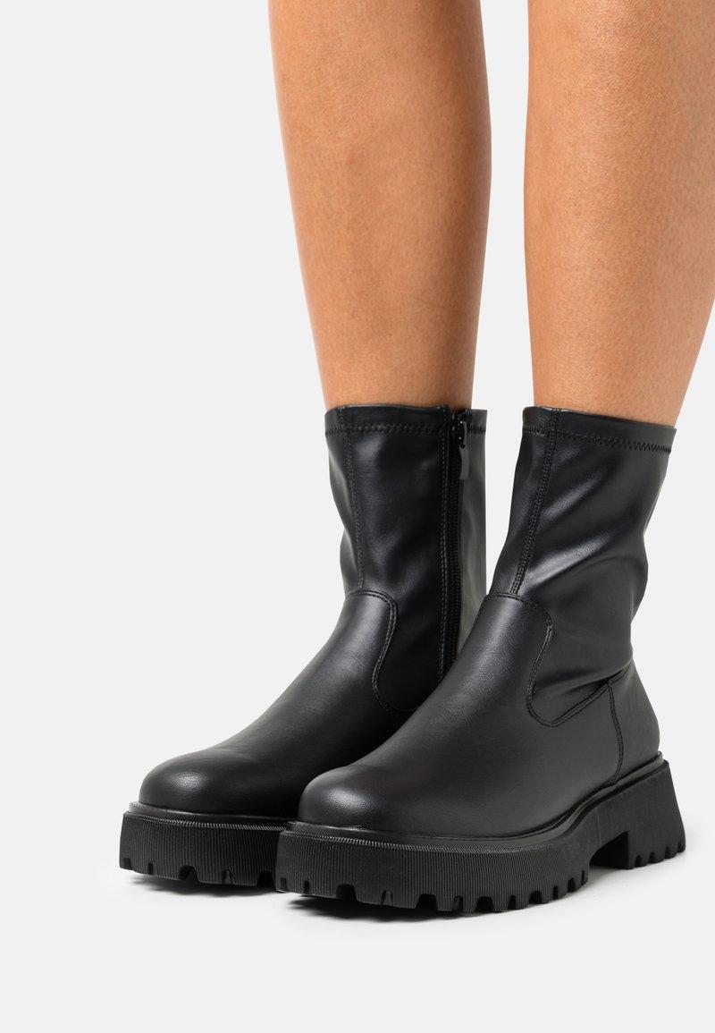 Call it Spring - VEGAN FIERRCE - Platform ankle boots - black