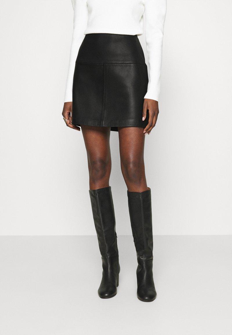 Ted Baker - VALIAT - Áčková sukně - black