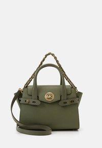 MICHAEL Michael Kors - CARMENXS FLAP - Handbag - army green - 1