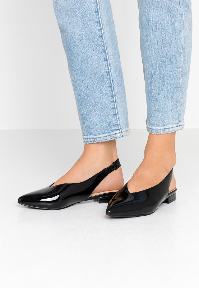 WIDE FIT - Slingback ballet pumps - black