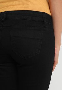 MAMALICIOUS - Jeans Slim Fit - black denim - 5