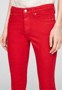 s.Oliver - Denim shorts - red - 4