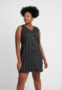 Vero Moda Curve - Day dress - black - 0