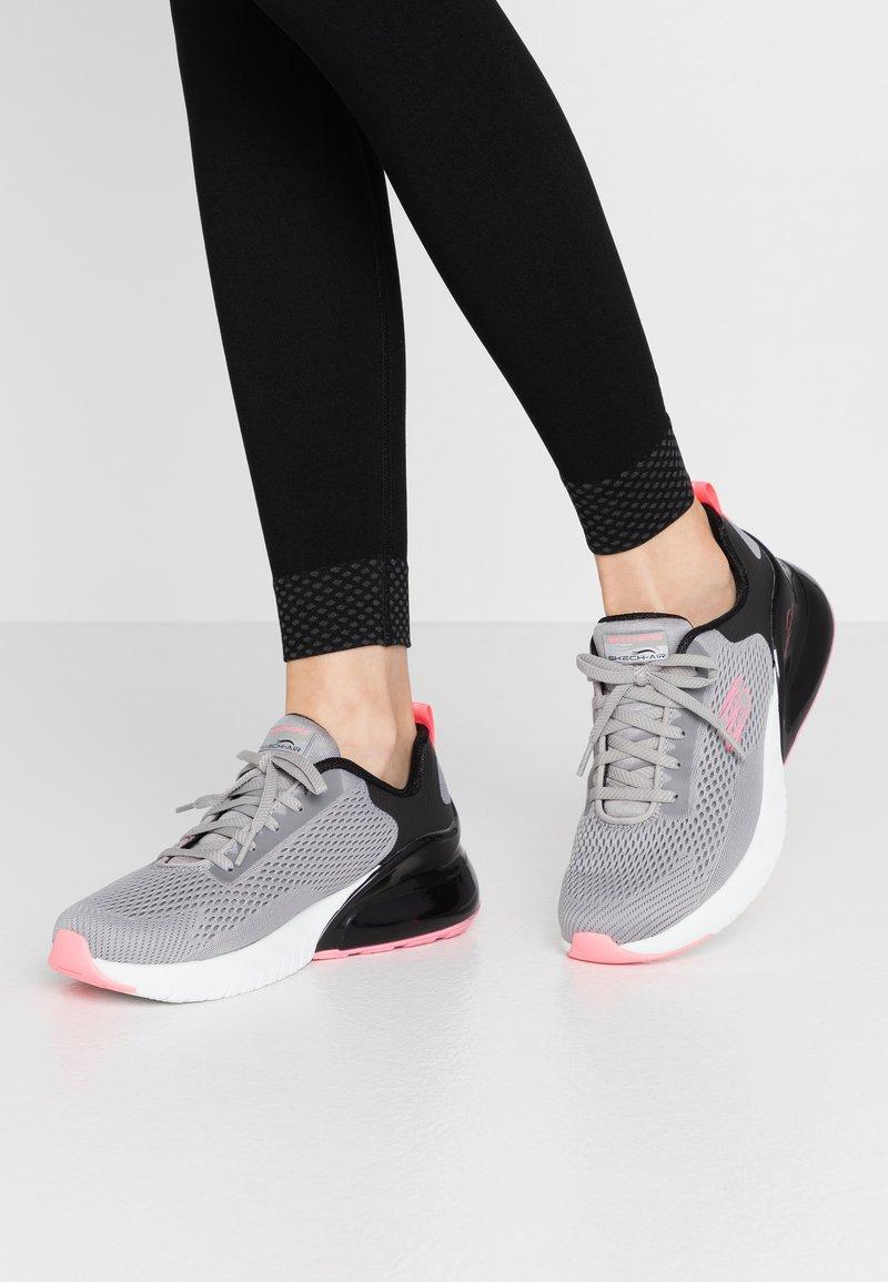 Skechers Sport - SKECH-AIR STRATUS - Slip-ons - gray/black/pink
