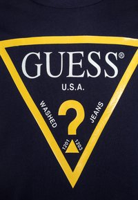 Guess - JUNIOR CORE - T-shirt print - bleu/deck blue - 2