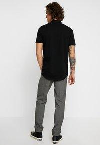 KIOMI - Suit trousers - mottled grey - 2