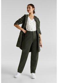 edc by Esprit - Straight leg jeans - khaki green - 4