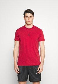 Jordan - DRY AIR - Basic T-shirt - gym red/black - 0