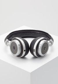 Master & Dynamic - MW50 WIRELESS ON-EAR - Koptelefoon - black/silver-coloured - 2