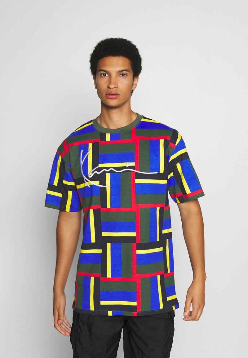 Karl Kani - SIGNATURE BLOCK TEE - Print T-shirt - green
