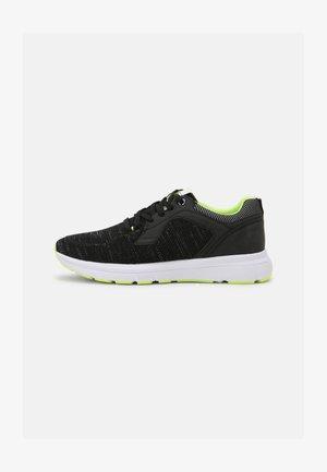 LUIS 30 - Trainers - black