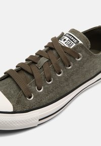 Converse - CHUCK TAYLOR ALL STAR UNISEX - Trainers - green - 6