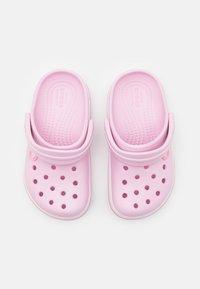 Crocs - CROCBAND - Mules - ballerina pink - 3