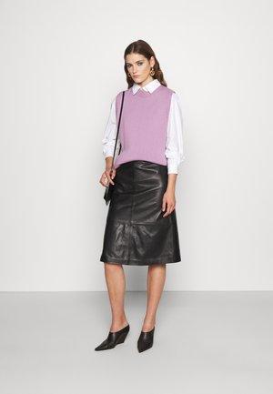 MIDI SKIRT - Leather skirt - black