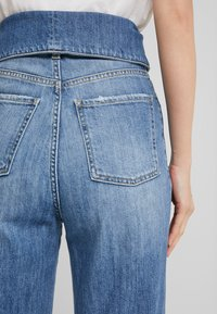 Pinko - TARAH SUPER HIGH RISE  - Straight leg jeans - blu indaco - 3