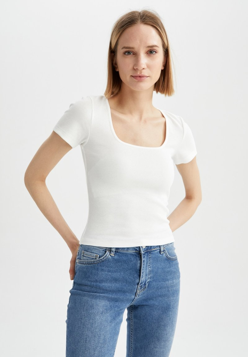 DeFacto - Basic T-shirt - ecru