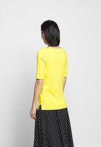 Lauren Ralph Lauren - JUDY - Basic T-shirt - athletic gold - 2