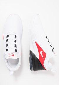 Nike Sportswear - AIR MAX MOTION 2  - Joggesko - white/university red/black - 1