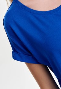 ONLY - ONLMOSTER ONECK - T-shirts - royal - 3