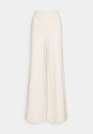 NA-KD X ZALANDO EXCLUSIVE - FLUFFY PANTS - Kangashousut - white