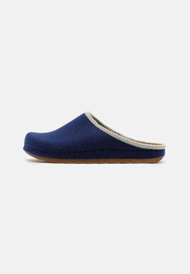 Tofflor & inneskor - blue