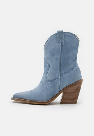 NEW KOLE - High heeled ankle boots - retro blue
