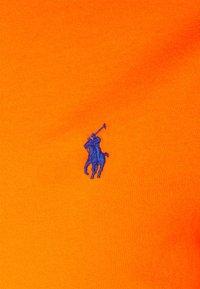 Polo Ralph Lauren - CUSTOM SLIM FIT JERSEY CREWNECK T-SHIRT - Basic T-shirt - sailing orange - 6