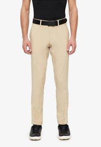 J.LINDEBERG - ELLOTT MICRO - Pantalon classique - safari beige - 0