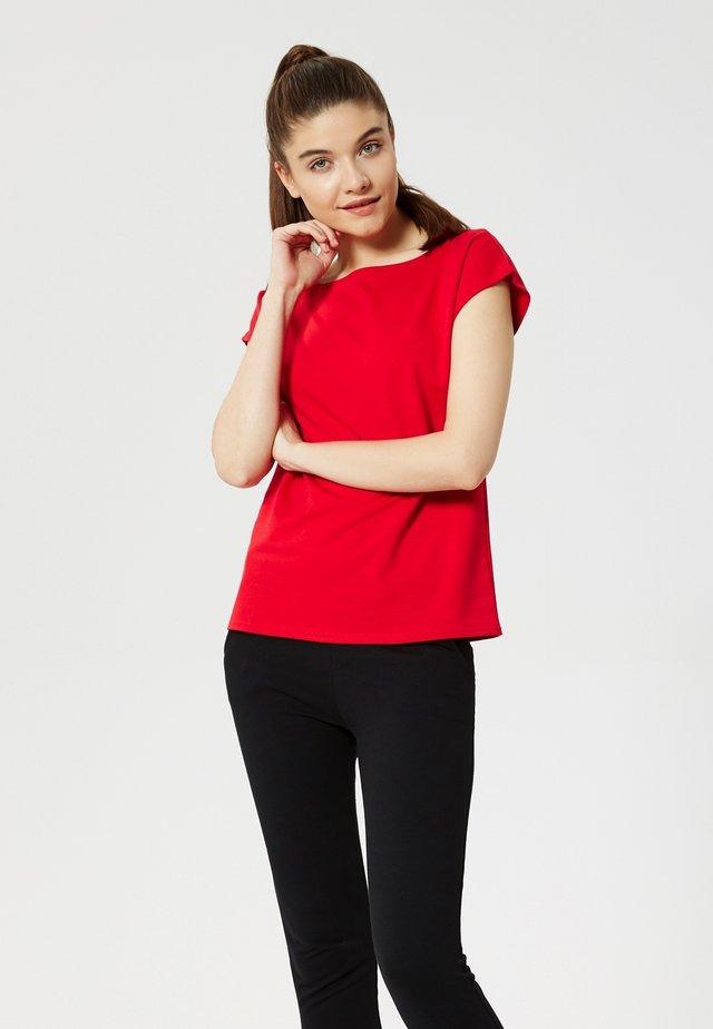 Camiseta básica - rot